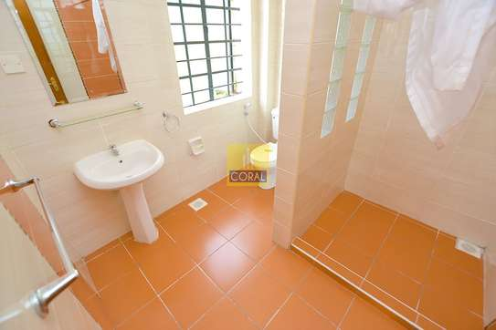 4 bedroom house for rent in Lavington image 10