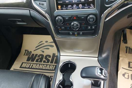 Jeep Grand Cherokee 3.0 CRD Overland 4x4 Automatic image 8