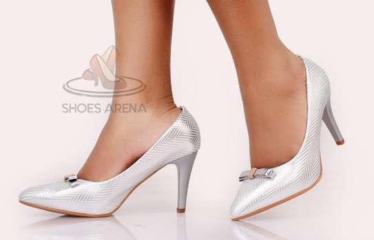 Shinny High heels image 3