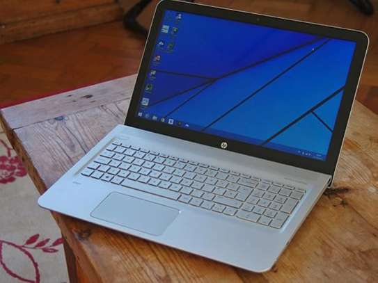 Hp Notebook 8460p Core i5 image 1
