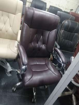Executive high back office seat image 8