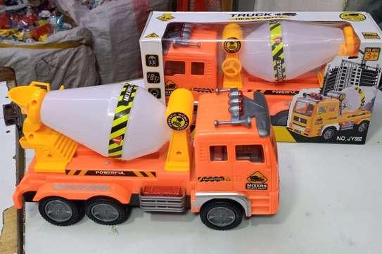 Concrete truck Toy car image 1