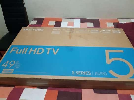 Samsung UA49N5300 - 49 Inches - Flat Smart LED TV - Full HD - New 2018 Model image 1