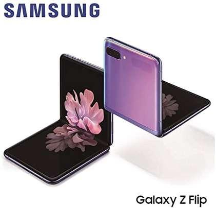 Samsung Galaxy Z Flip 4G LTE Smartphone image 1