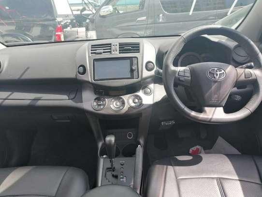 Toyota Vanguard image 3