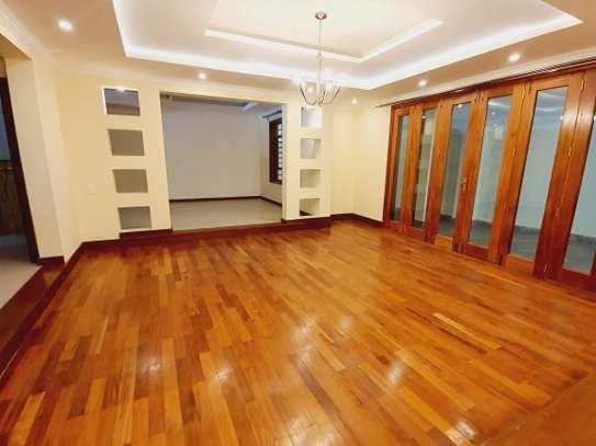 4 bedroom townhouse for rent in Spring Valley image 13