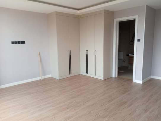2 bedroom apartment for rent in Brookside image 5