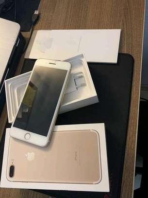 Apple Iphone 7 Plus Gold [ 256 Gigabytes ] image 2
