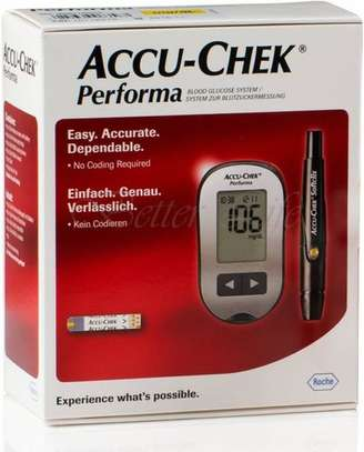 ACCU CHEK PERFOMA image 2