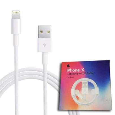 iPhone X Lightning to USB Cable image 5