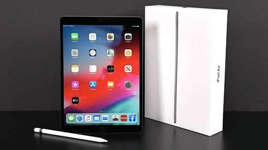 Apple iPad Air 3 (2019)  256GB image 4