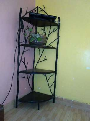 Side shelf. Wrought iron.