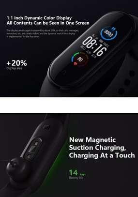 Xiaomi MI Band 5 image 5