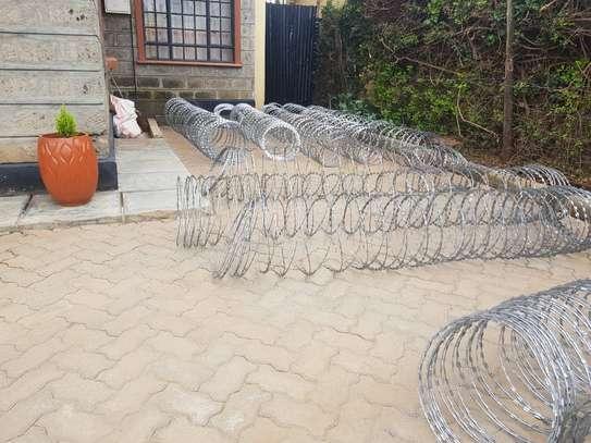 Razor wire installation in Embakasi. image 2