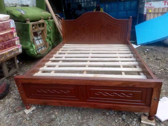 Unique beds available at an affordable prices image 5