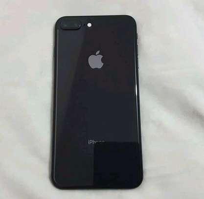 Apple IPhone 8 Plus : 256 Gigabytes : Black : 5 Phone Cases image 2