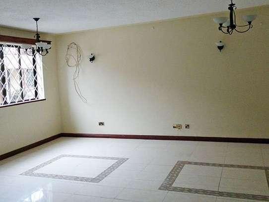 3 bedroom house for rent in Kileleshwa image 2