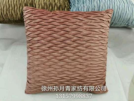 pillow image 9