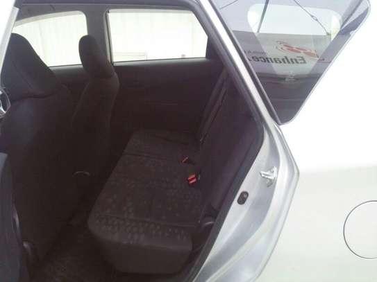 Subaru Trezia image 10