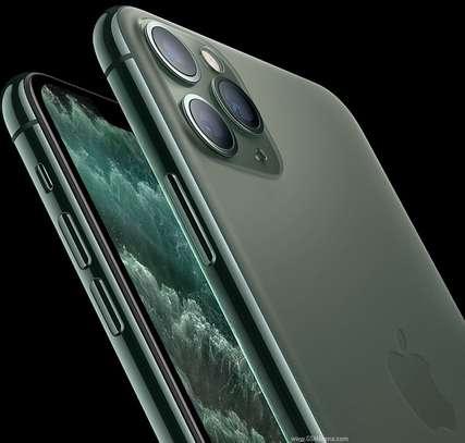 Apple - iPhone 11 Pro Max 64GB image 3