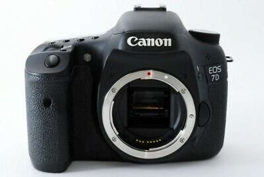Excellent++ Canon EOS 7D 18.0MP Digital SLR Camera Body w/ Battery Grip from JP image 2