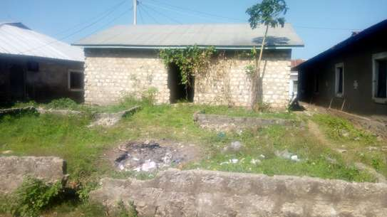5 Room Swahili house with a plot