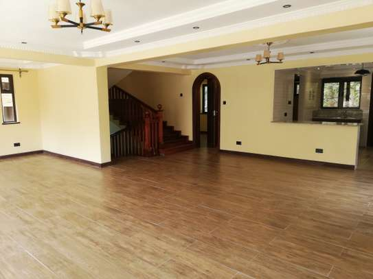 4 bedroom townhouse for rent in Lavington image 2