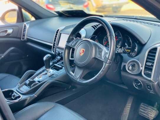 Porsche Cayenne image 12