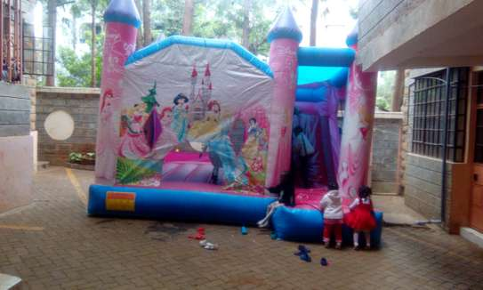 bouncing castles for hire image 2