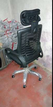 Headrest office chair with adjustable height image 1