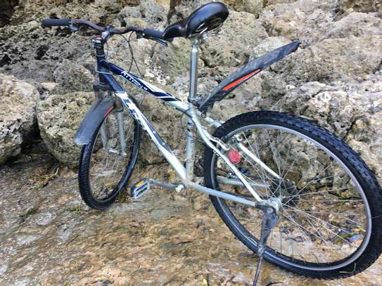 26 inch mountain bicycle image 4
