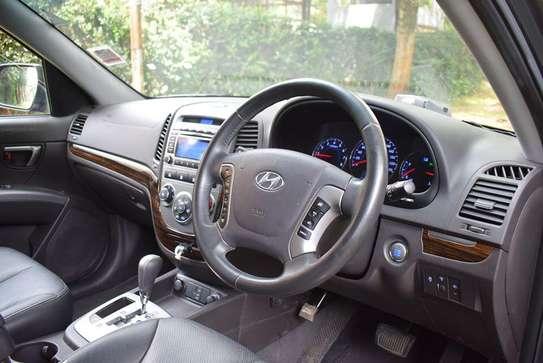 Hyundai SantaFe Year 2012 KCX Gray Color Ksh 1.95M image 4