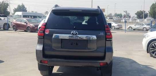 Toyota Prado Landcruiser image 4
