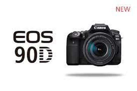 CANON 90 D with 18-135mm Lens image 2