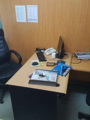 Partitioned office space to let
