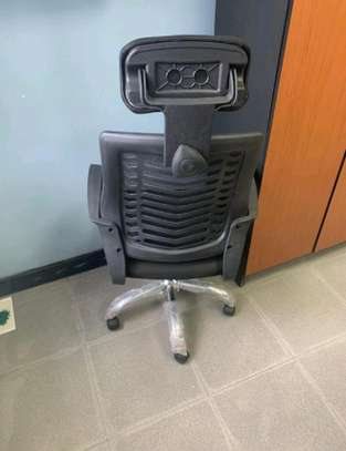 Office chair with headrest C15J image 1
