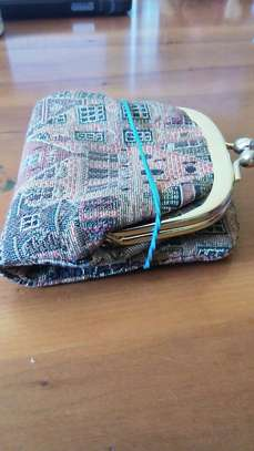 Vintage Tapestry Houses Kiss-Lock Coin Purse image 6