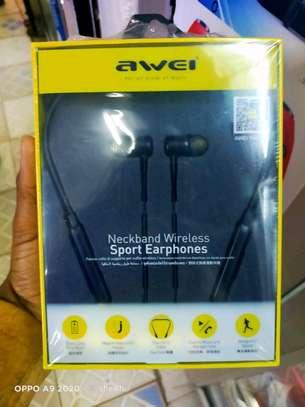 Neck band wireless sport earphones image 1