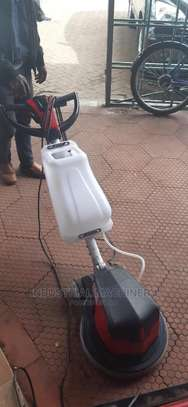 Commercial Scrubbing Machines image 1