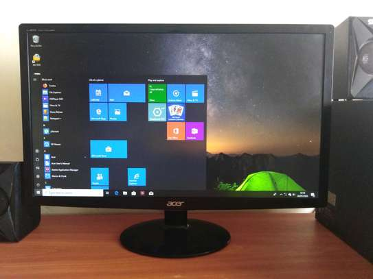High Resolution 24 Inch LED Monitor With HDMI And DVI Ports