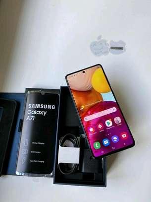 Samsung Galaxy A71 ~ 128 Gigabytes  Black image 2