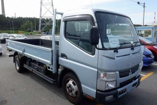 Mitsubishi Canter image 3