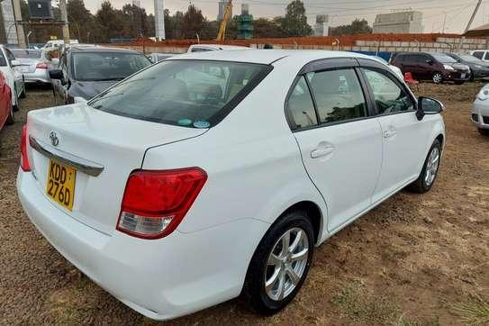 Toyota Axio image 6