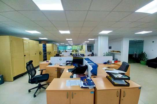 7200 ft² office for rent in Kilimani image 11
