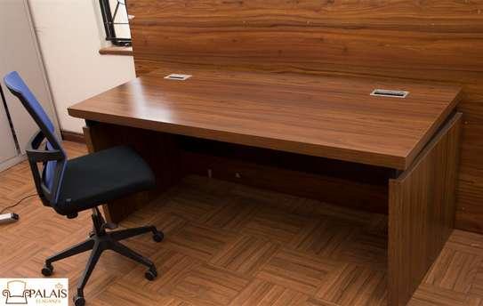 1.8m desk image 1