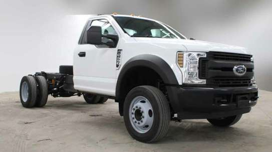 Ford F-450 image 1