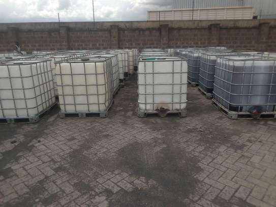 IBC Steel caged water tanks very durable image 3