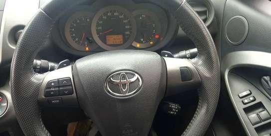 Toyota Vanguard image 7
