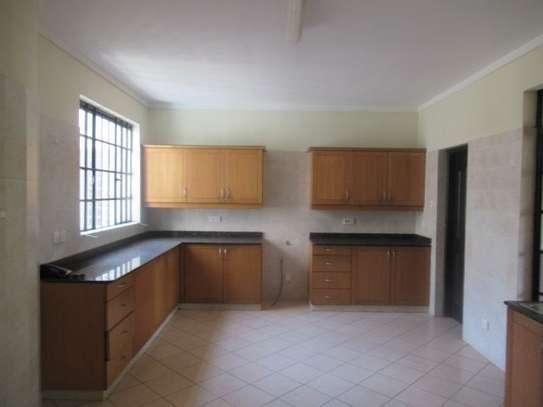 General Mathenge - Flat & Apartment image 4