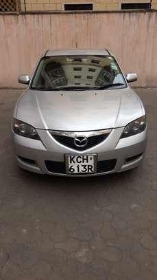 Mazda Axela image 5